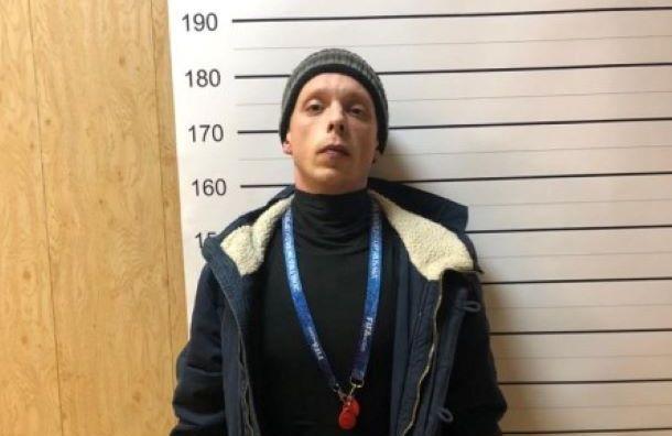 Стали известны подробности разбойного нападения на директора школы