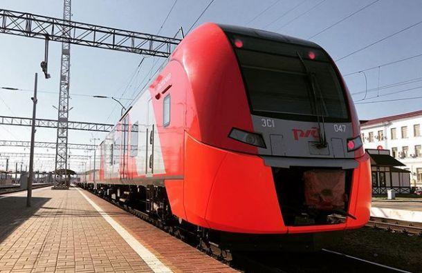 «Ласточки» по маршруту Санкт-Петербург — Кузнечное запустят с 25 октября