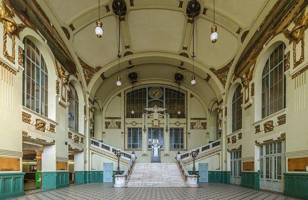 Витебский вокзал вошел в топ-10 самых популярных мест для фотосессий