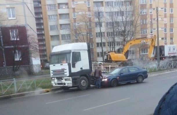 Петербуржцев удивила авария в Рыбацком