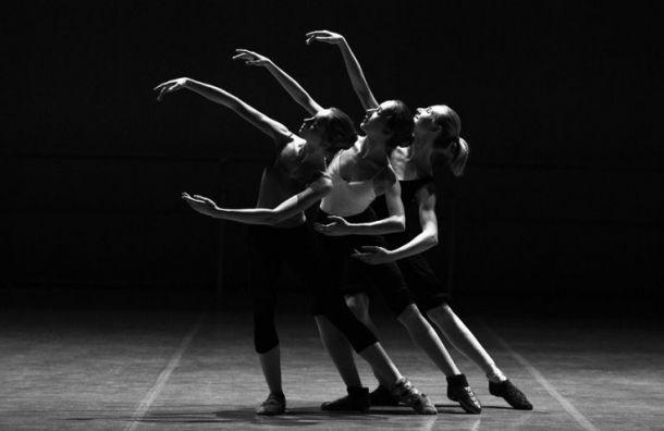 Смольный повезет петербургских балерин в Гавану за 15 млн руб.