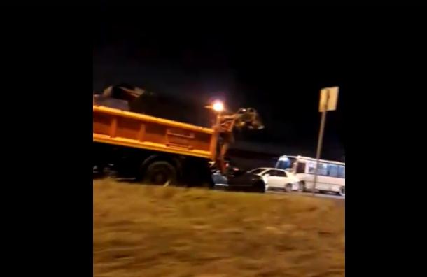 Водитель погиб после аварии с фурой на Софийской