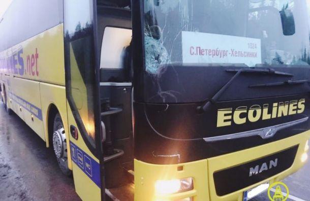 Стали известны подробности ДТП с автобусом Ecolines, сбившим солдата