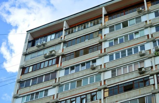 Девушка погибла при падении с 16-го этажа в Московском районе