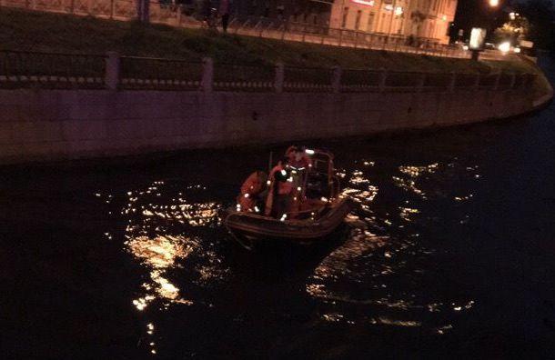Житель Петербурга прыгнул в воду после ссоры с возлюбленной