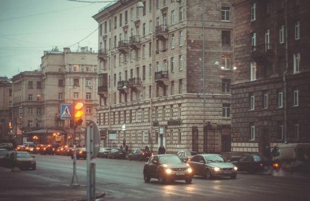 Похолодание надвигается на Санкт-Петербург с северо-востока