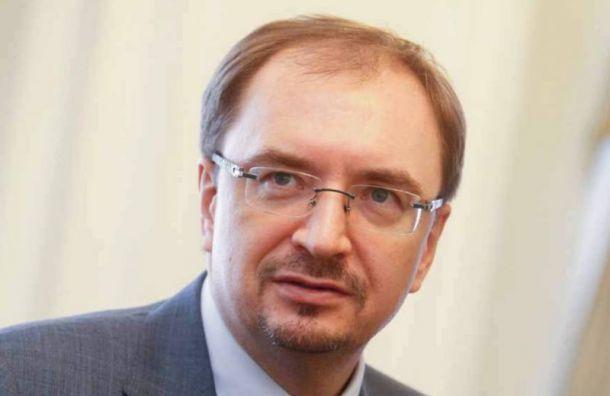 Госдума одобрила поправку о бессрочных полномочиях ректоров СПбГУ и МГУ