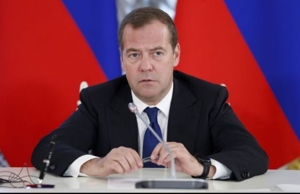 Визит Медведева в Санкт-Петербург спровоцировал пробки от Пулково до центра
