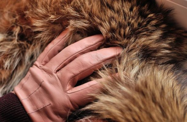 Из-за аномальной зимы в Санкт-Петербурге подешевела теплая одежда