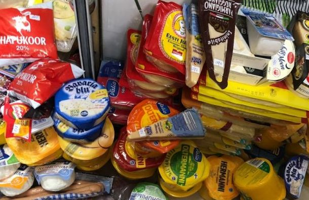 За неделю в магазинах Санкт-Петербурга изъяли свыше 420 кг санкционки