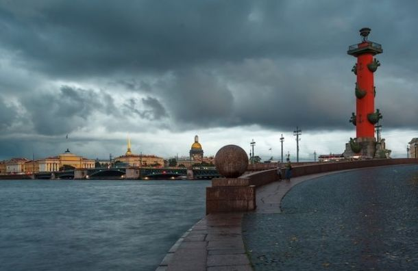 Уровень воды в Неве начал снижаться после отметки в 120 см