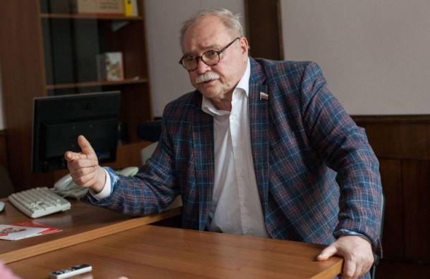 Бортко обвинил врио в создании фейковых страниц