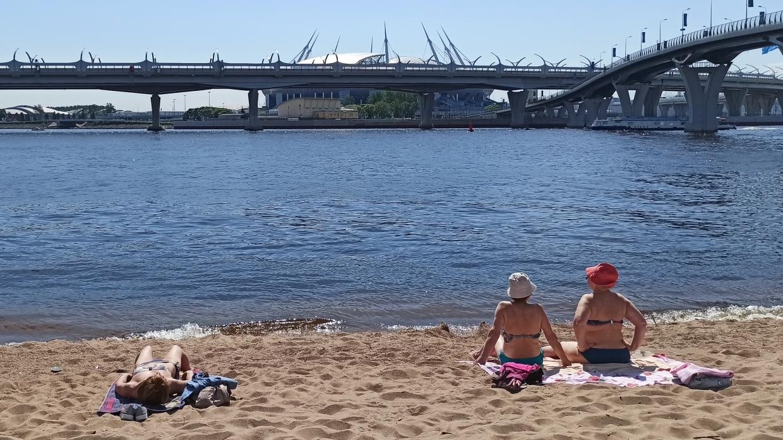 Петербуржцы все чаще страдают от «болезни купальщиков»