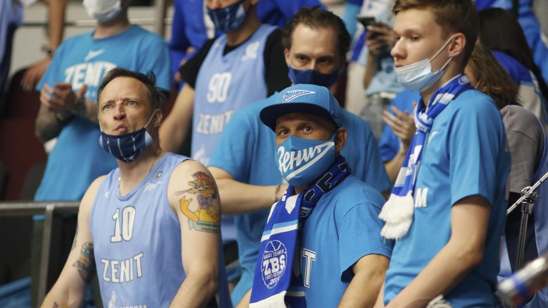 На матч «Зенит» — «Краснодар» пустят 1000 болельщиков