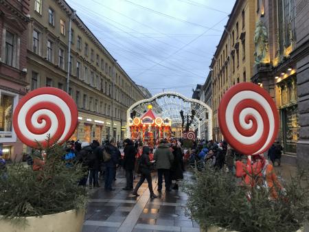 В Петербурге не отменят Рождественскую ярмарку