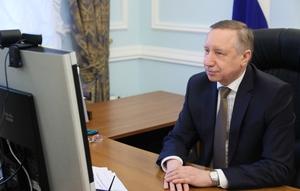 Губернатор поздравил петербургских студентов с праздником
