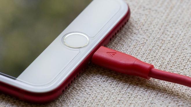 Оценена опасность зарядки смартфона на протяжении ночи