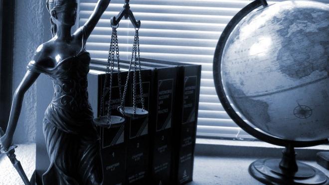 Путин подписал закон о штрафах за нарушения деятельности НКО-иноагентов