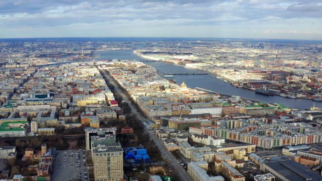 Власти Петербурга поздравили горожан с Днем защитника Отечества
