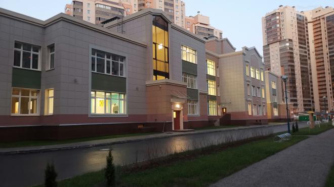 В Петербурге на Яхтенной улице достроили детский сад