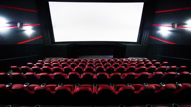 Кинотеатры Петербурга потребовали от губернатора открытия с 1 сентября