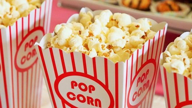 Кинотеатры и фудкорты могут открыться в Петербурге 12 сентября
