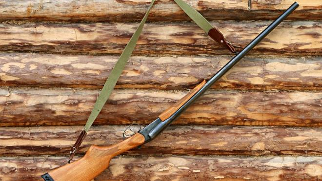 Подросток случайно пристрелил родного деда на отдыхе в Ленобласти