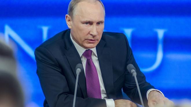 Президент России Владимир Путин посетит Петербург и посетит ледокол