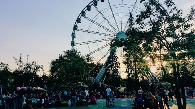 Власти Петербурга подготовили программу к началу туристического сезона
