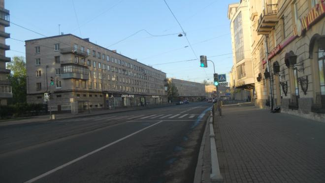 На Среднеохтинском проспекте возобновили штатную работу общественного транспорта