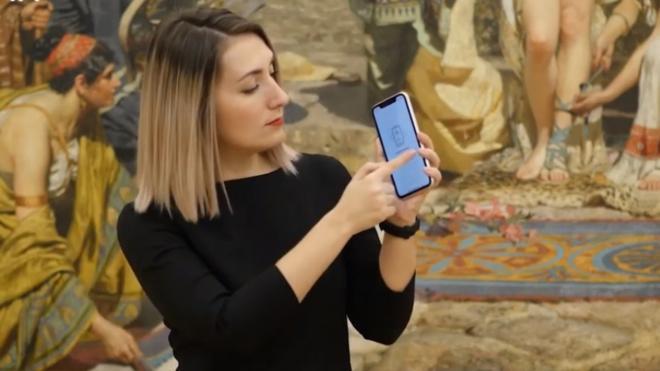 Русский музей разработал видеогид по Михайловскому и Мраморному дворцам на жестовом языке