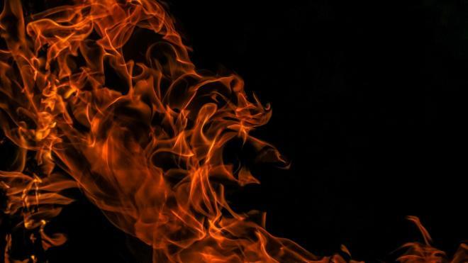 Спасатели ликвидировали пожар в жилом доме на проспекте Обуховской Обороны