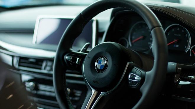Бизнесмены Трабер и Дебердеев купили долю в одном из крупнейших автодилеров Петербурга