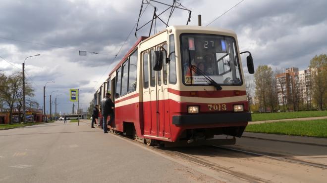 На улицах Петербурга появятся 13 новых трамваев из алюминия