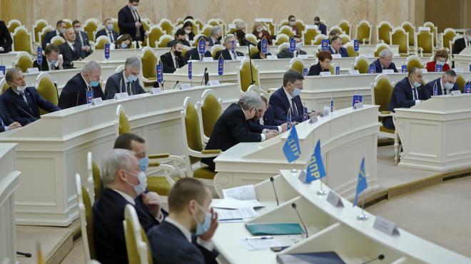 Депутаты Петербурга рассмотрят законопроект о кадетском образовании