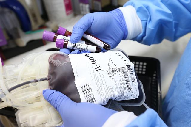 Петербуржцев зовут сдать кровь на донорской акции 15 октября