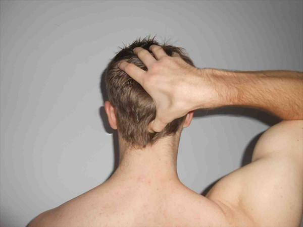 Sinusitis Pressure: Tips on How to Treat Sinus Infection Acupressure-Points-on-Back-of-Head0