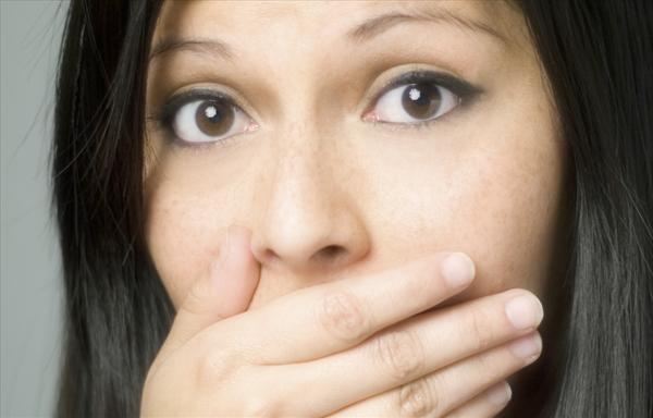Does Sinus Have Anything to Do With Bad Breath? Bad-breath7