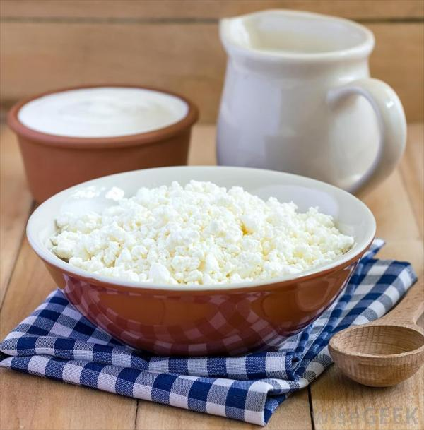 Stop Taking Pain Killers and Finally Treat Gout Bowl-of-cottage-cheese-and-yogurt-near-pitcher
