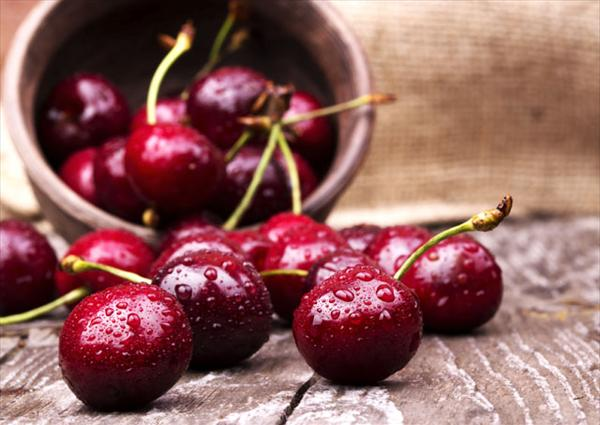 Gout and Tart Cherries Cherries-gout6