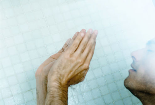Sinus Problems and Sinus Problems? No Problem At All Photolibrary-rf-photo-of-man-in-shower-mist1