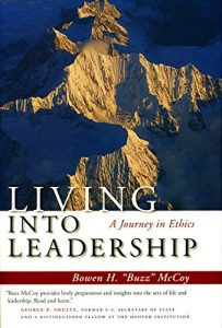 Baixar Living into leadership pdf, epub, ebook
