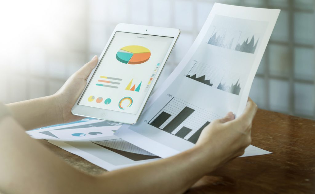 How Businesses Can Overcome Roadblocks For Data Analytics Implementation?