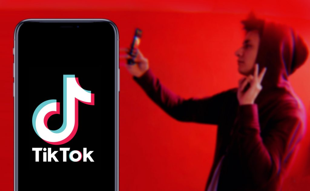 TikTok Launched First of Its Kind AR Filter Using iPhone 12 Pro LIDAR Sensor