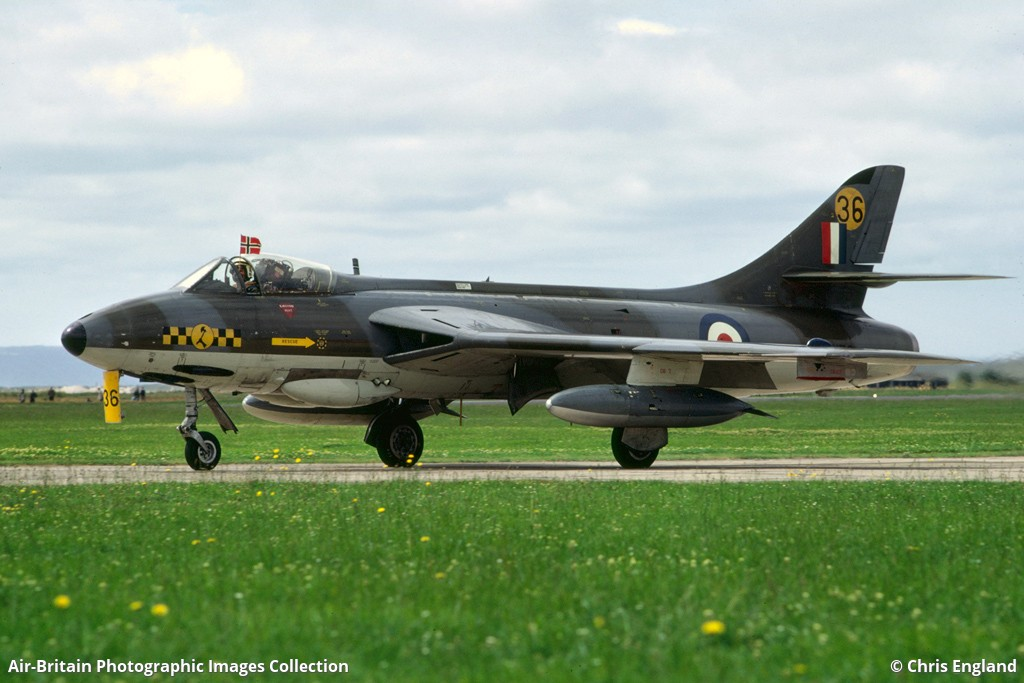 Bournemouth Aviation Museum >> Aviation photographs of Hawker Hunter F6A : ABPic