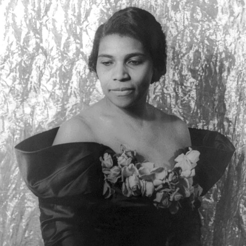 photo of marian anderson
