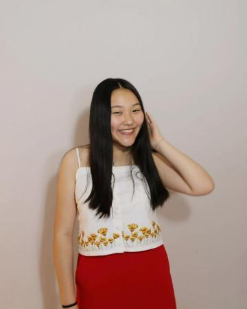 Diane Li Headshot