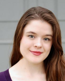 Laura Mason Headshot