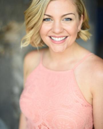 Photo of actor Lauren Lykke