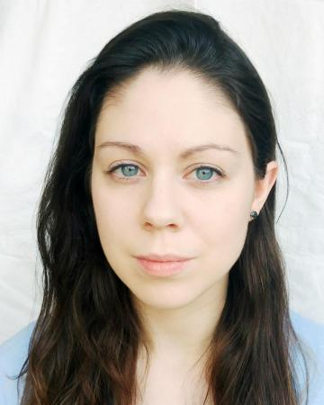 Photo of actor Sarah Romero